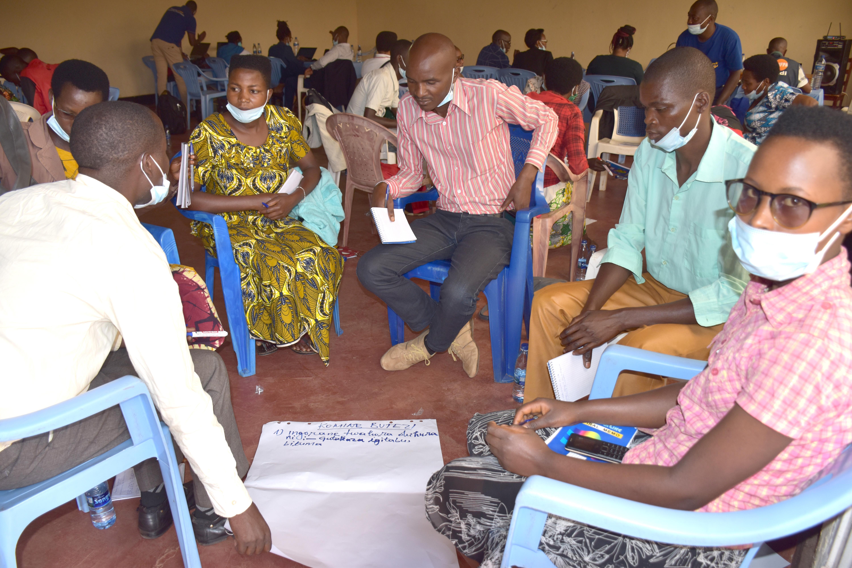 ONU Femmes renforce les connaissances des jeunes filles et garçons sur la gestion numérique de leurs groupements à vocation de coopérative